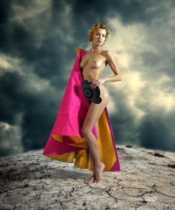 Photocreation: Gonzalo Villar Model: Oksana Chucha – Photo: Manuel Torres